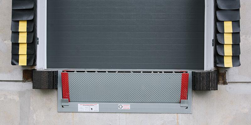 LMDP-Hydraulic-Dock-Levellers